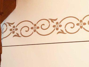 Bordüre mit Schablone von Gediga gestrichen